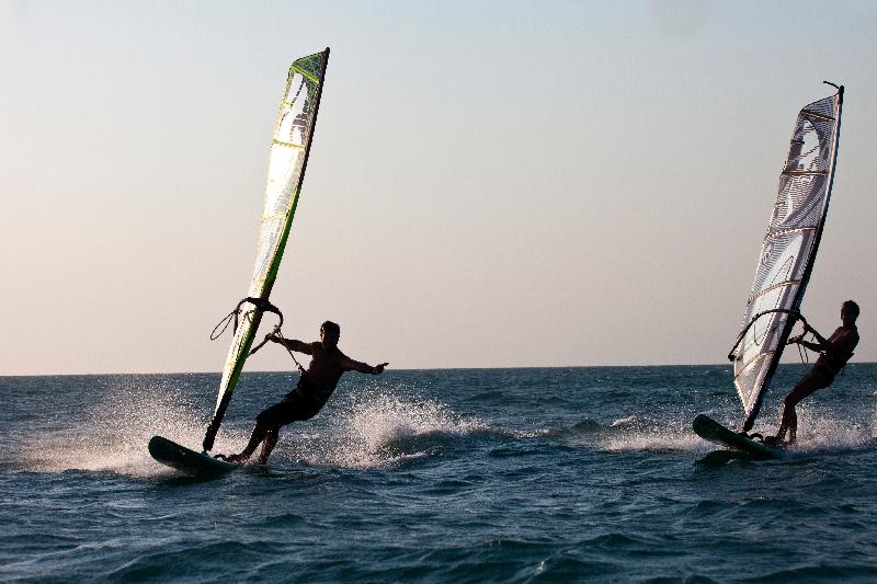 windsurf058